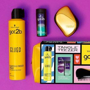 Schwarzkopf got2b Good Hair Day Gift Set - Tangle Teezer, Blasting Freeze Spray, Volumizing Powderful and Limited Edition Wash Bag 1